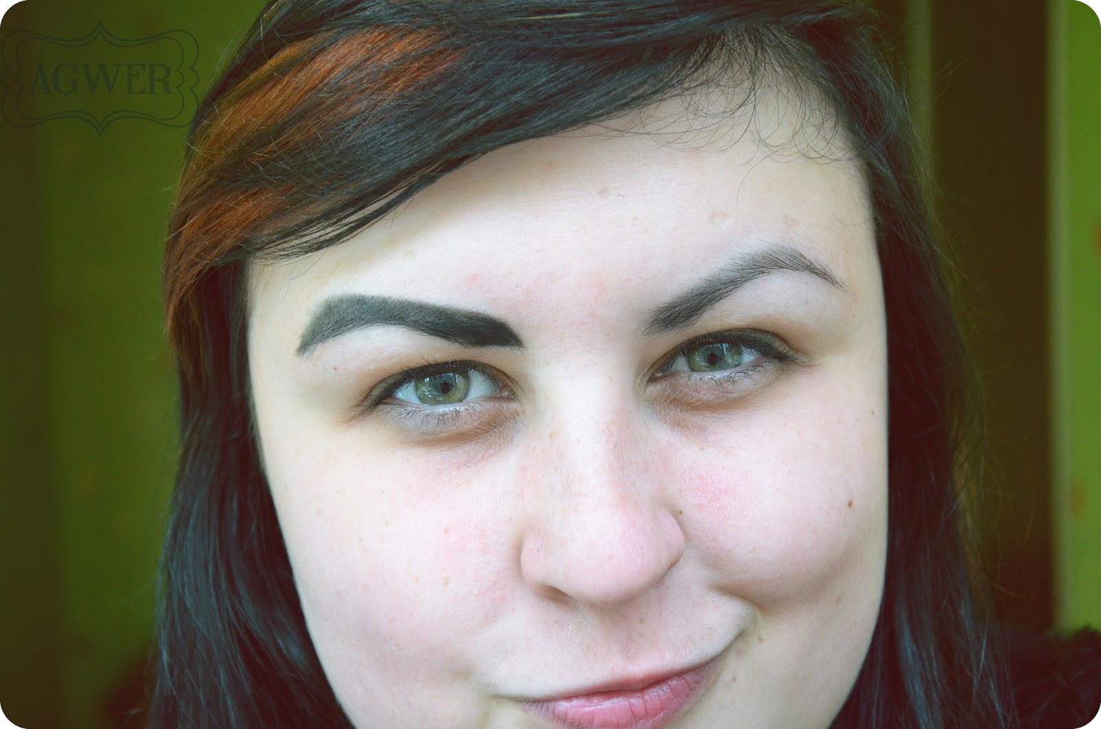 Miejski make up, czyli gdzie są moje brwi?!