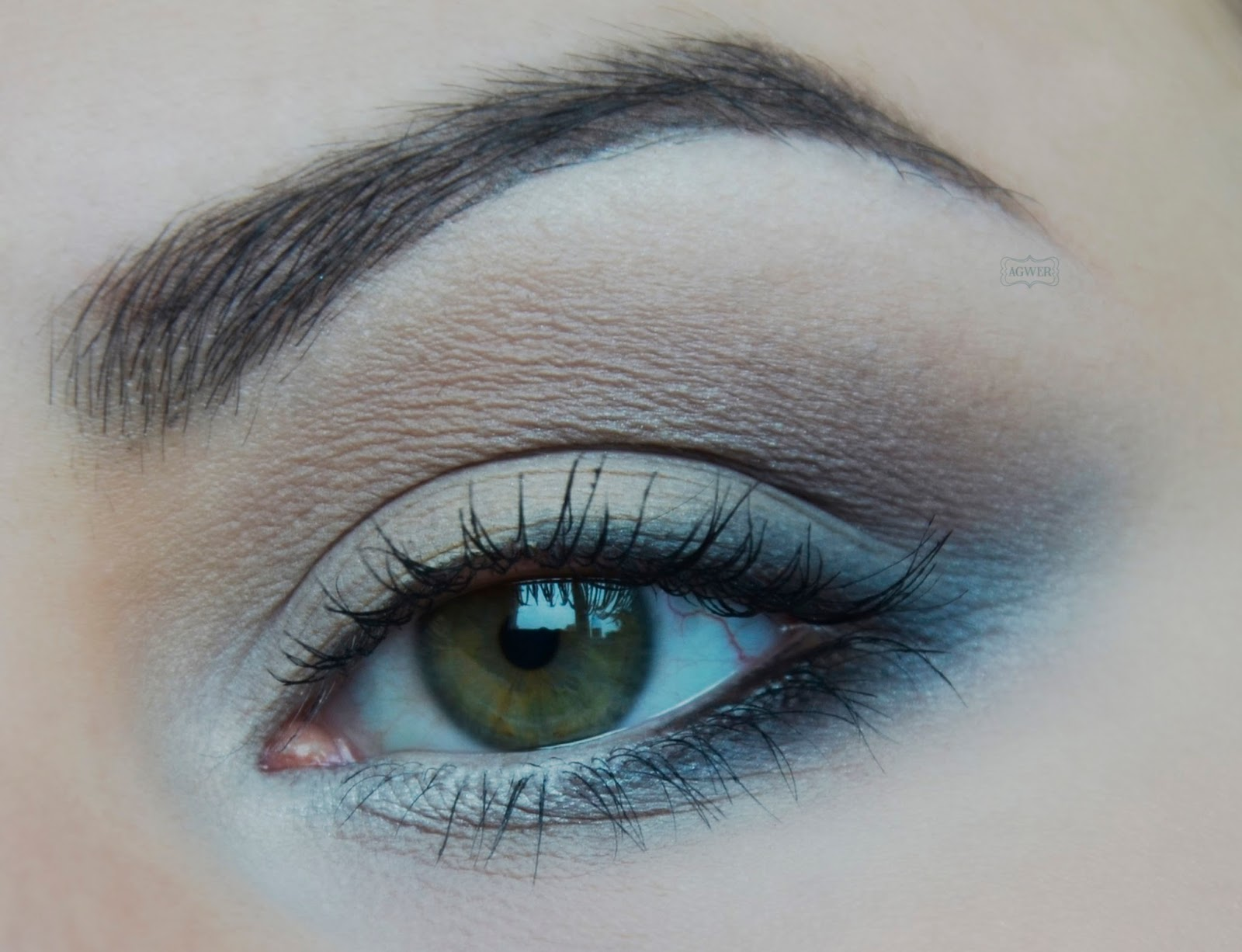 # Makijaż paletką BH cosmetics San Francisco