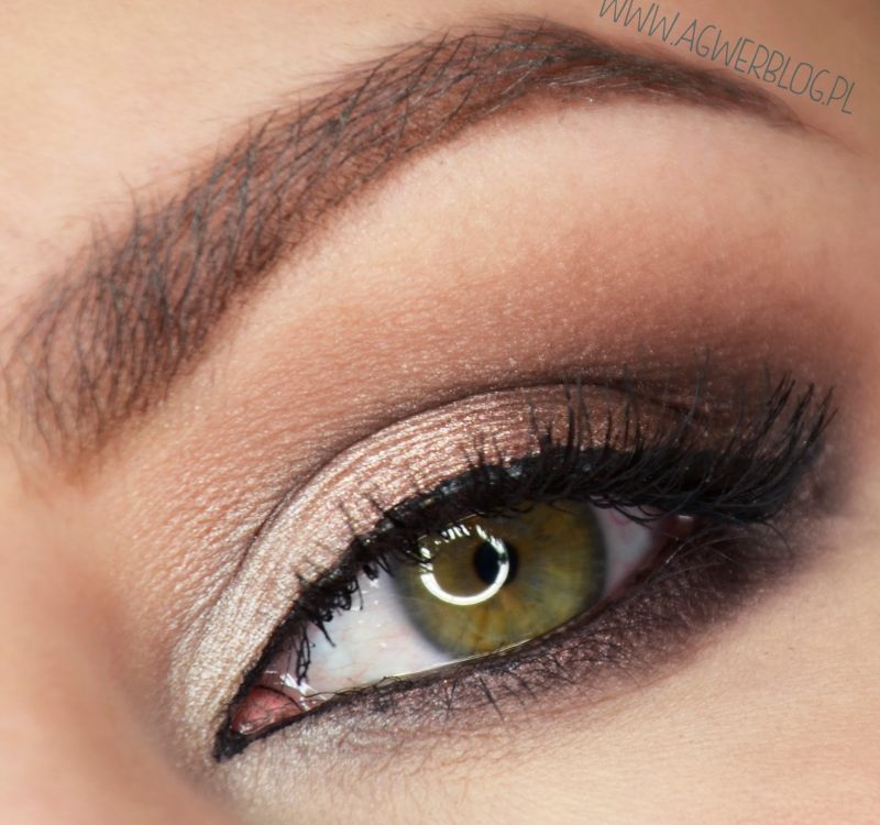 # Iconic 2: makijaż wieczorowy krok po kroku