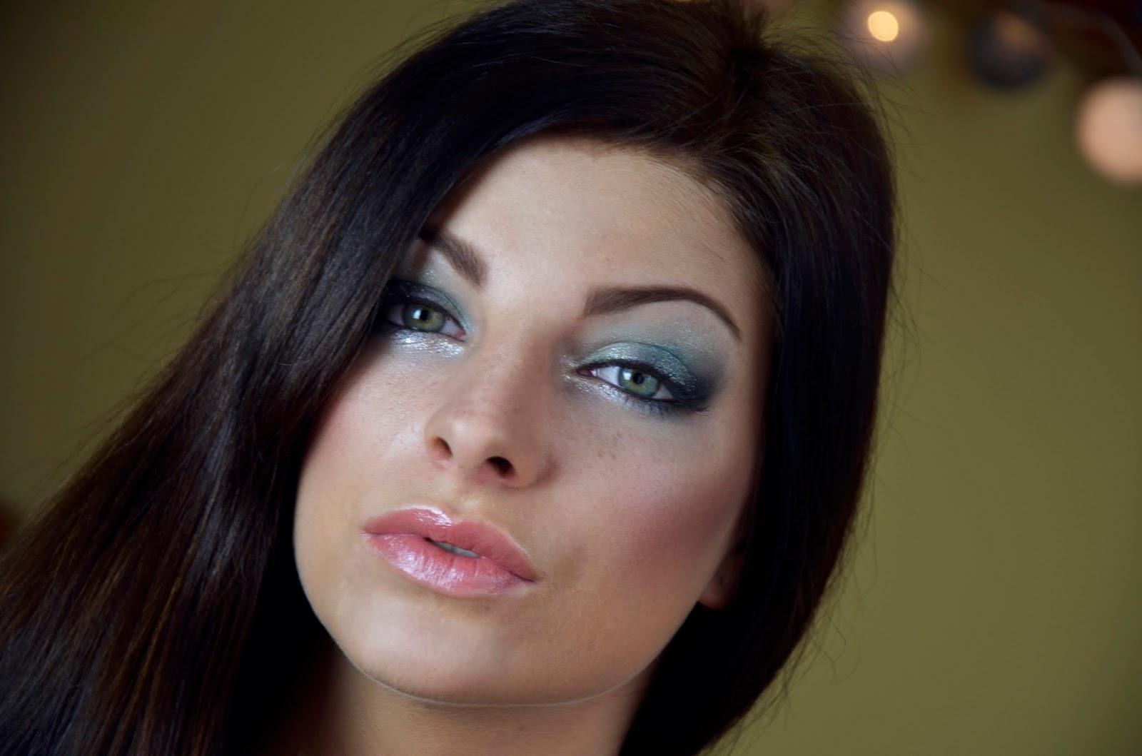 # Makijaż wieczorowy: propozycja dla szatynki