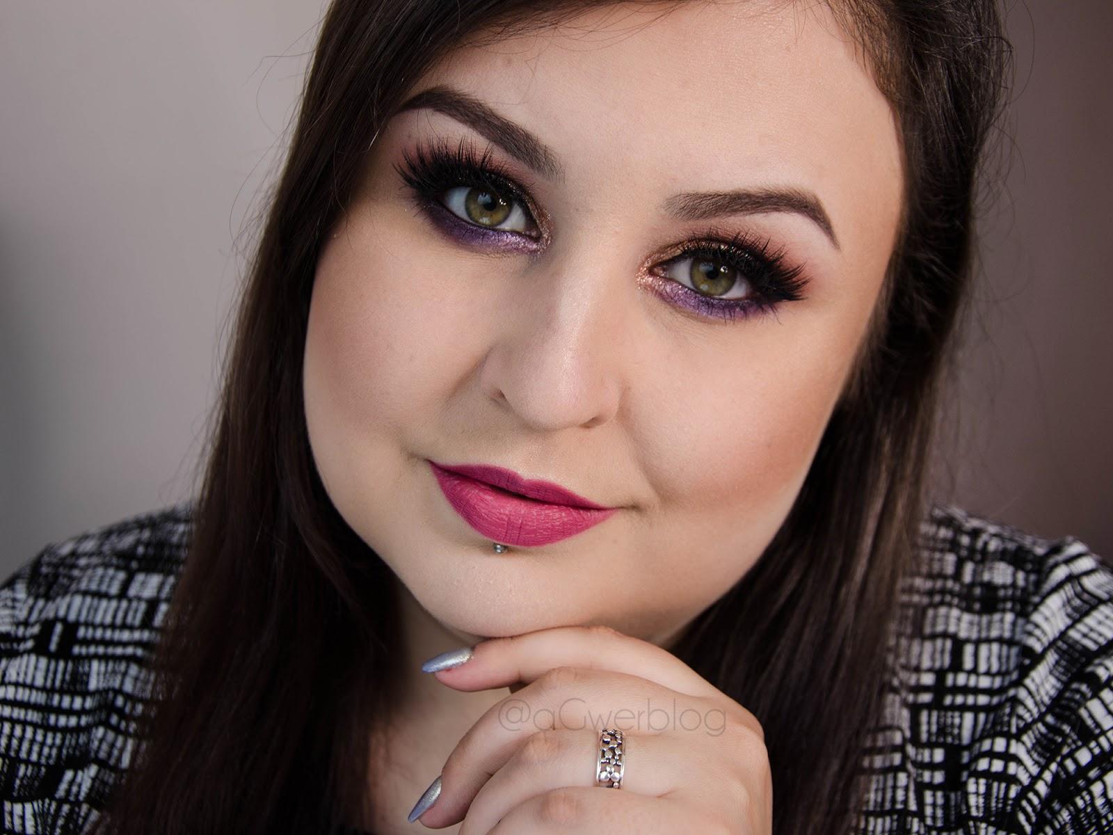 Makijaż sylwestrowy z brokatem i paznokcie na imprezę