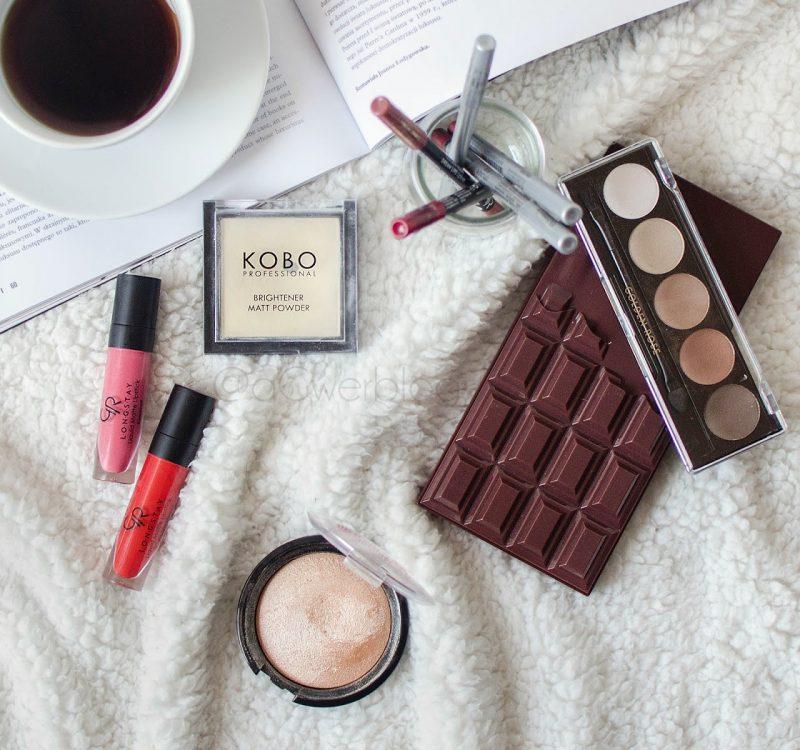 Makijaż dla początkujących | co kupić na początek?