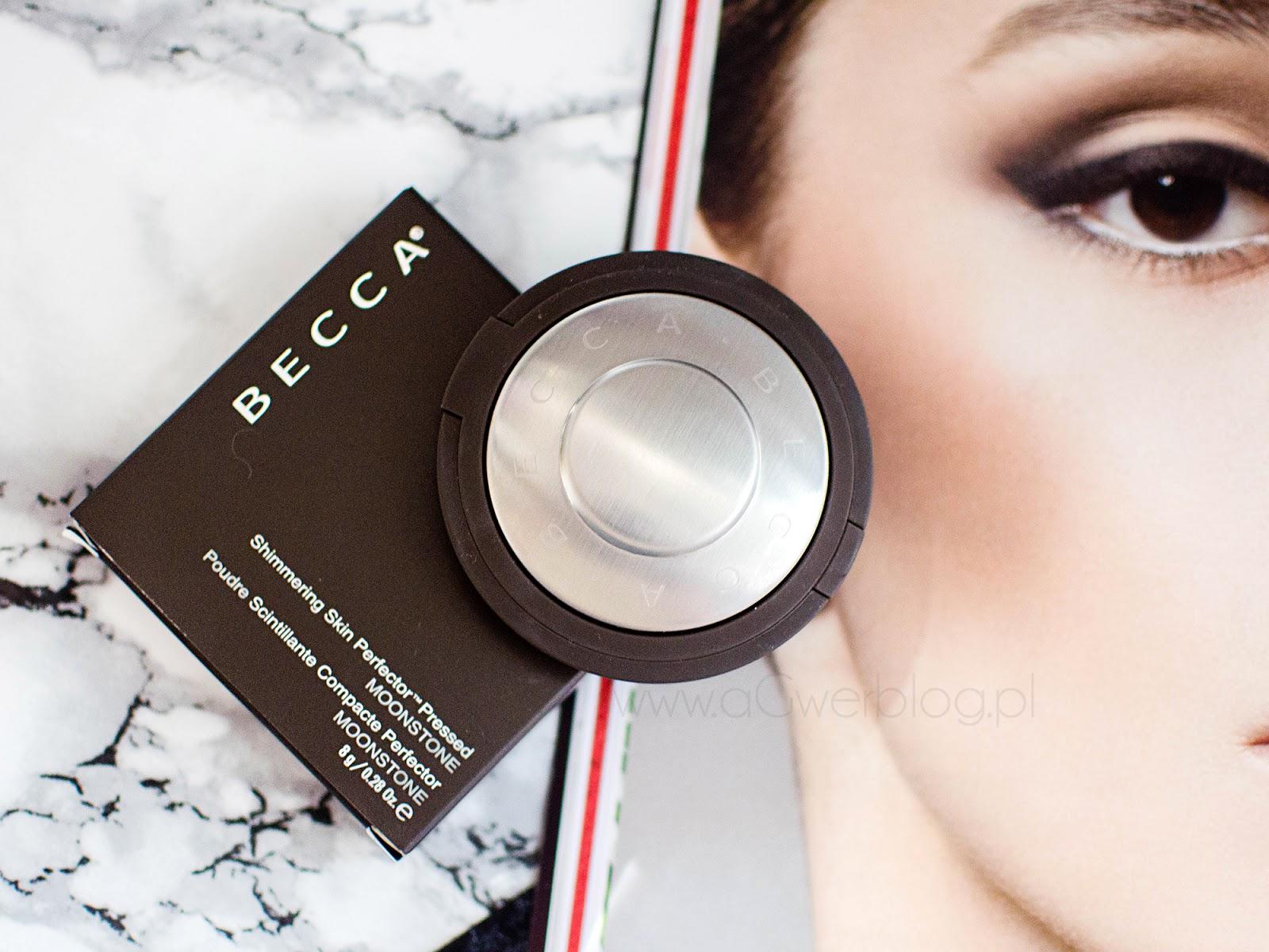 Rozświetlacz Becca Moonstone | Czy warto wydać na niego 155zł?
