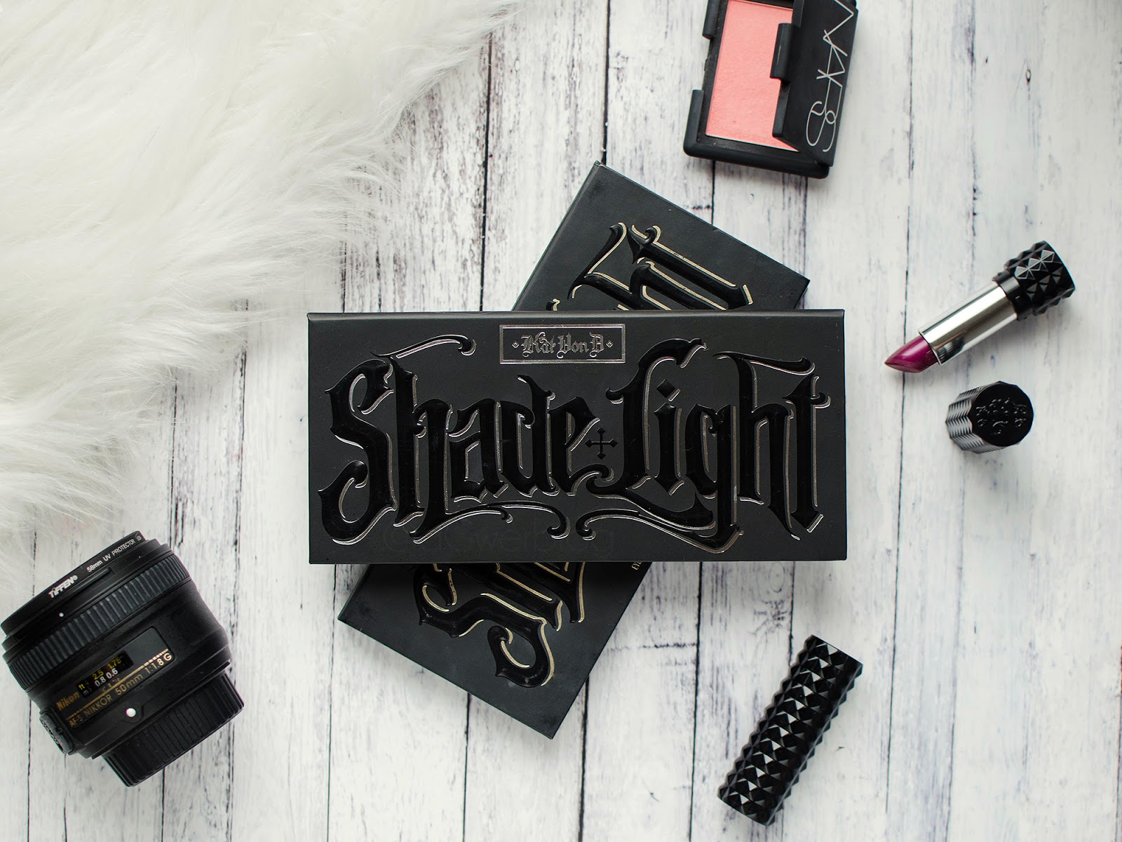 Paleta do konturowania Kat Von D Shade & Light