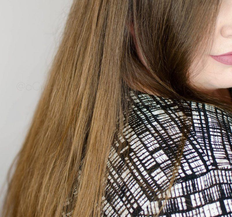 Świadoma pielęgnacja przeciw wypadaniu włosów | Halier