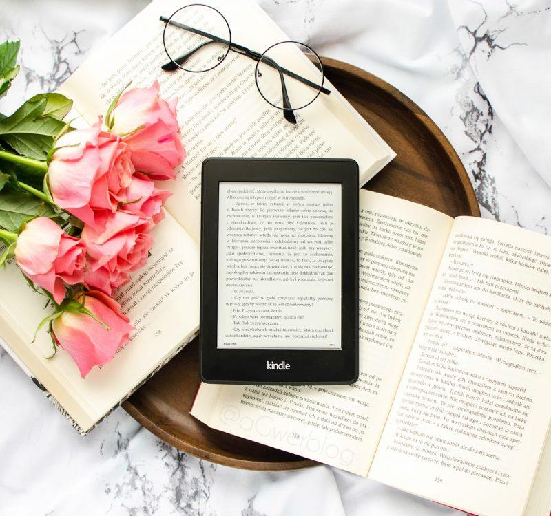 Czytnik Kindle | czy warto go kupić, wady i zalety, gdzie szukać ebooków?