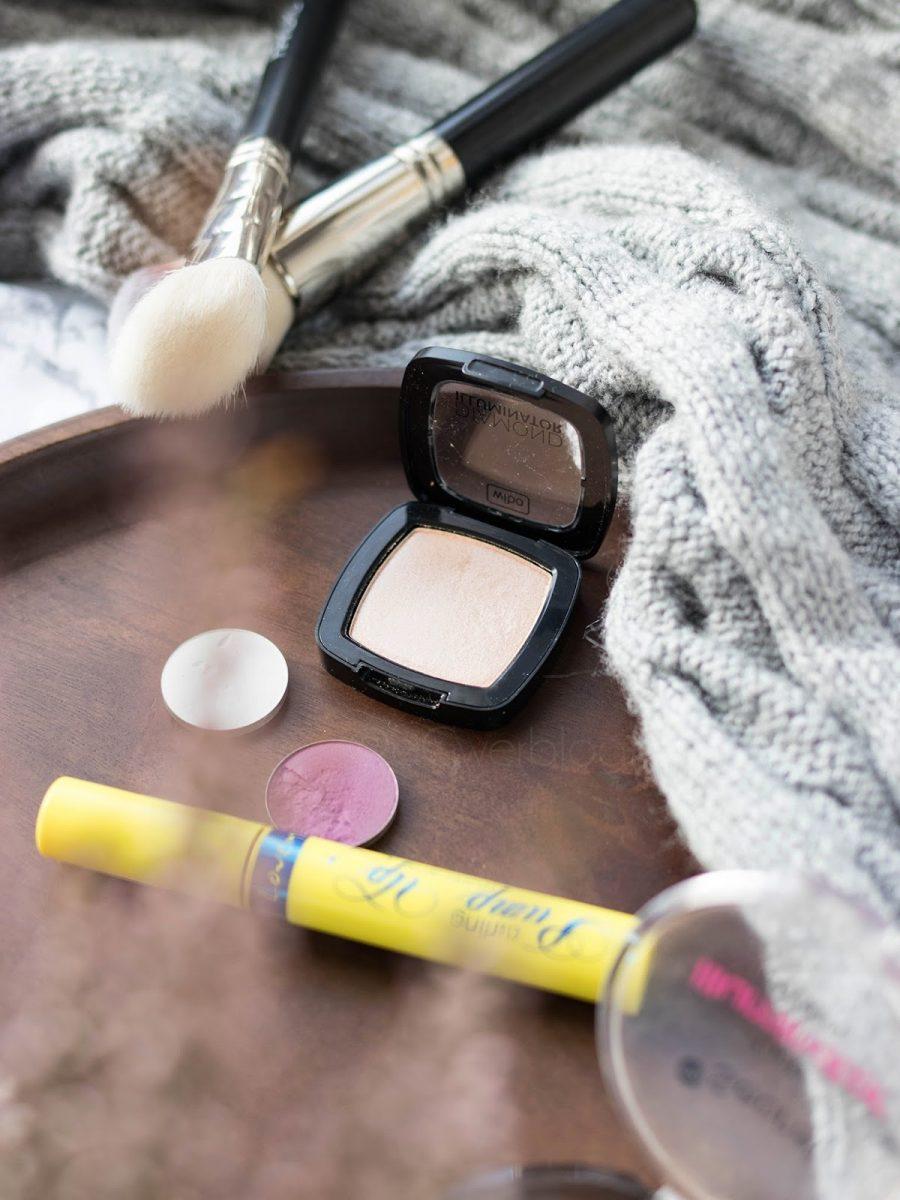 tanie kosmetyki do makijażu