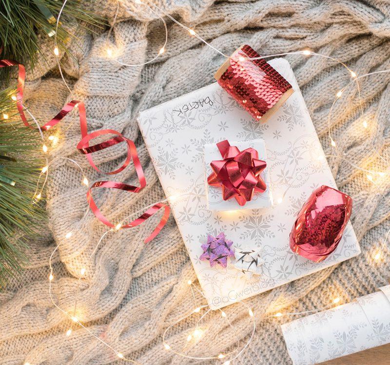 Świąteczne przygotowania | ulubione dodatki do domu, pakowanie prezentów