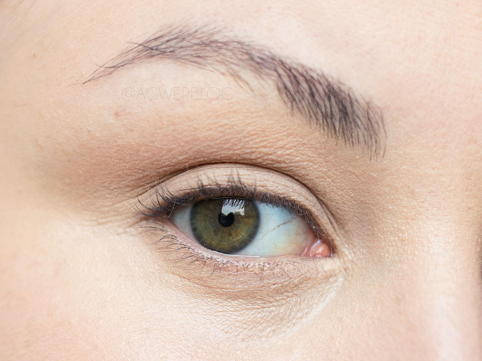 jak zakryć fioletowe cienie pod oczami