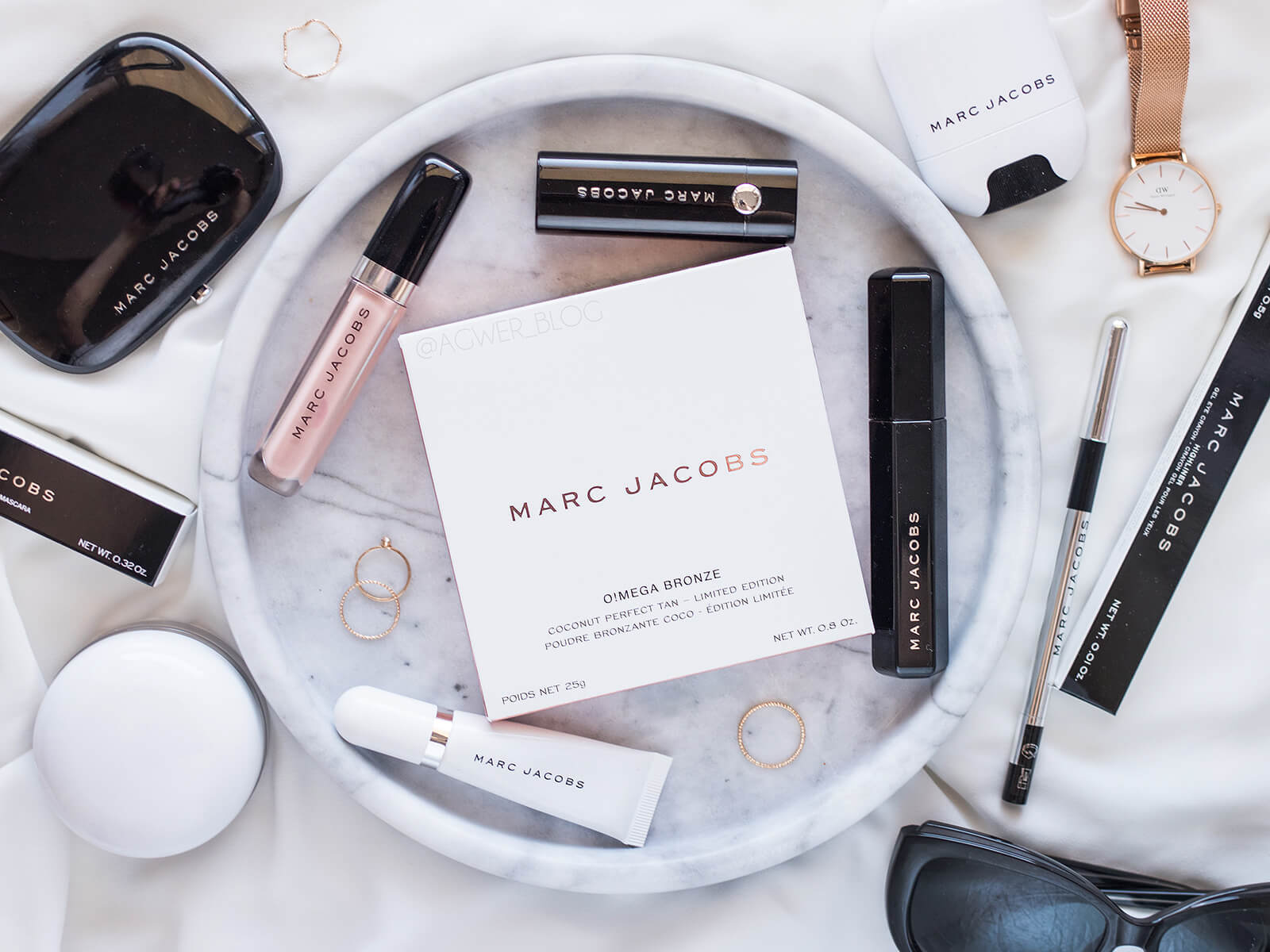 marc jacobs o mega bronze tan tastic