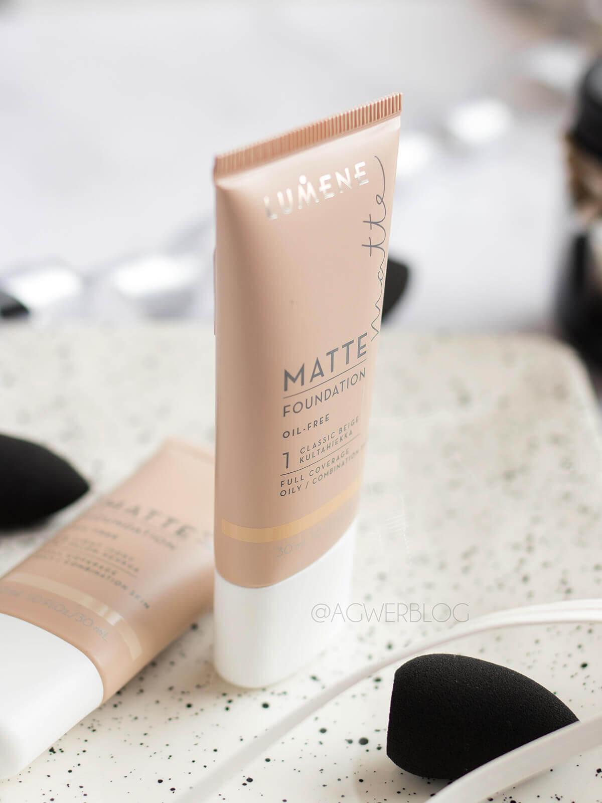 Lumene, Matte Foundation swatches