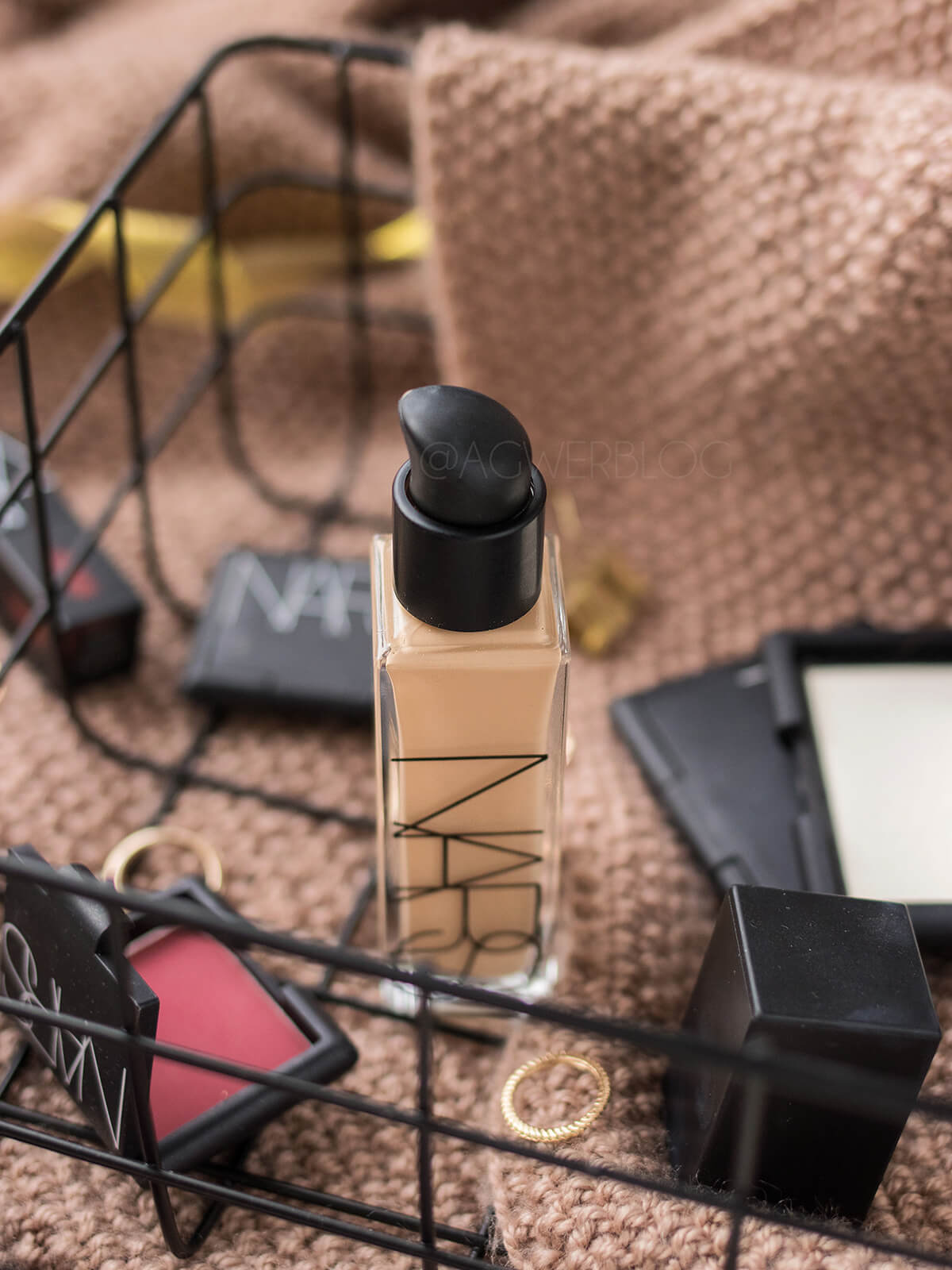 NARS, Natural Radiant Longwear Foundation opinie