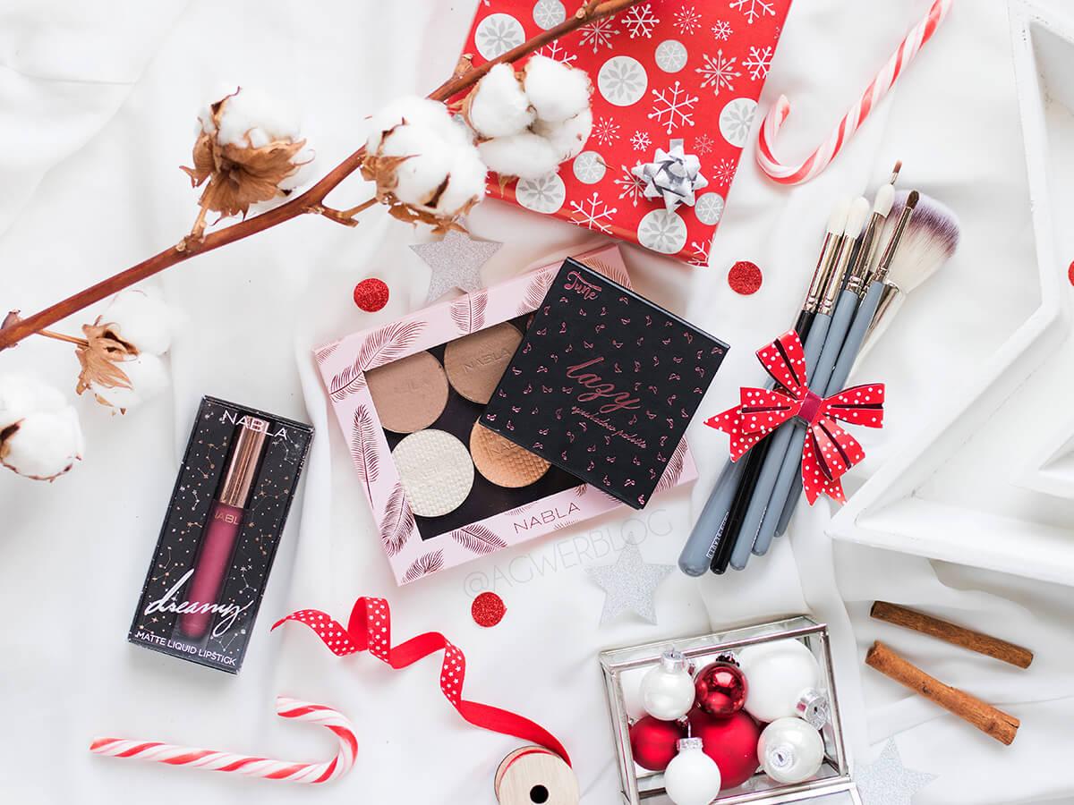Pomysły na praktyczne prezenty dla fanek makijażu