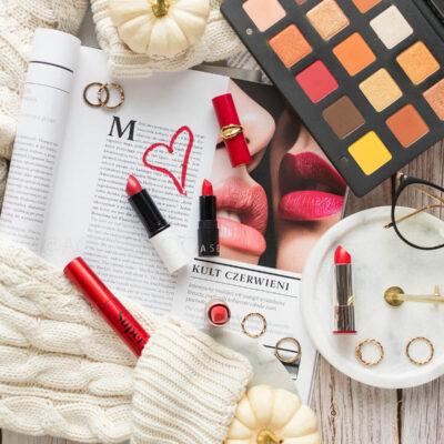 Makijaż z czerwonymi ustami – 3 propozycje