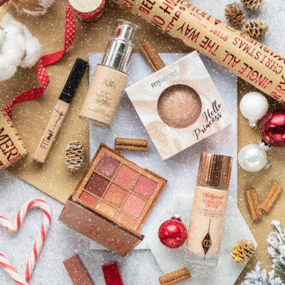 Świąteczny niezbędnik makijażowy i propozycja makijażu świątecznego