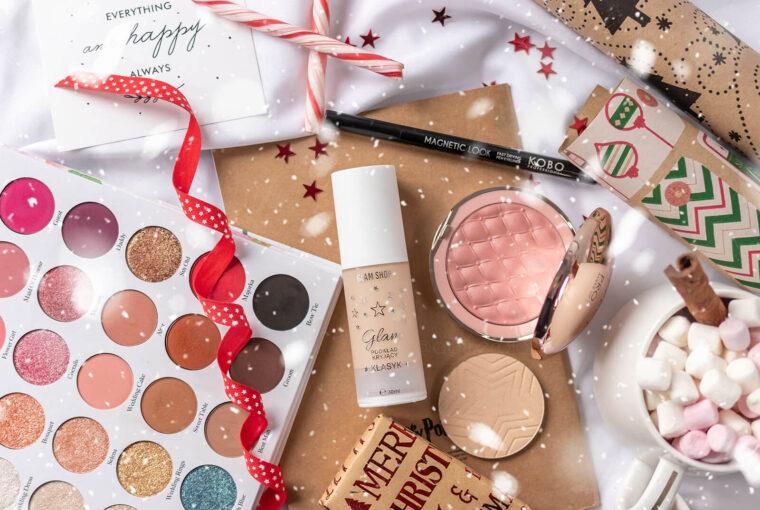 świąteczny niezbędnik makijażowy