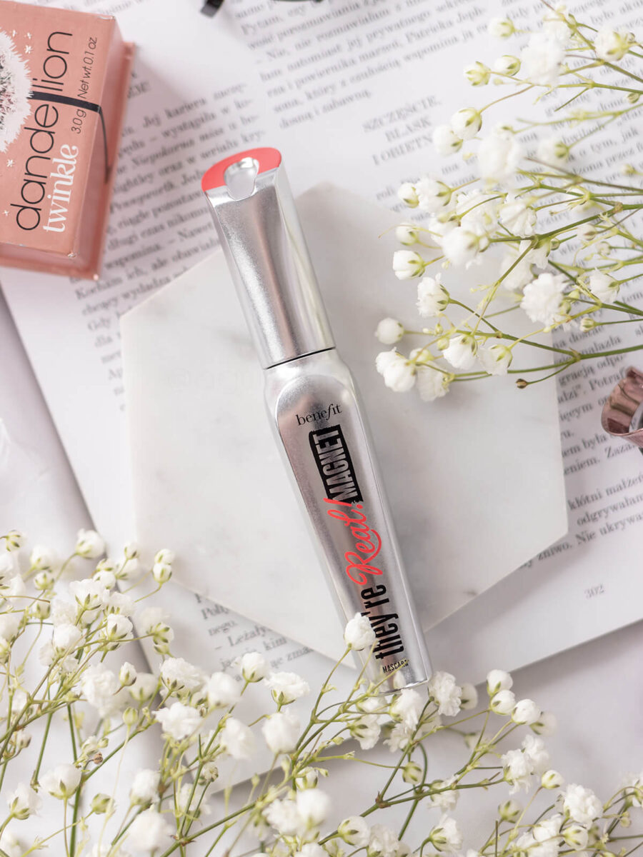 benefit they're real magnet mascara